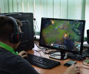 Turniej League of Legends w Techniku